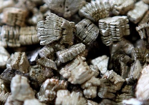 Вермикулит также входит в состав нашего фирменного грунта